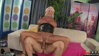 free video geile oma pisst x hamster